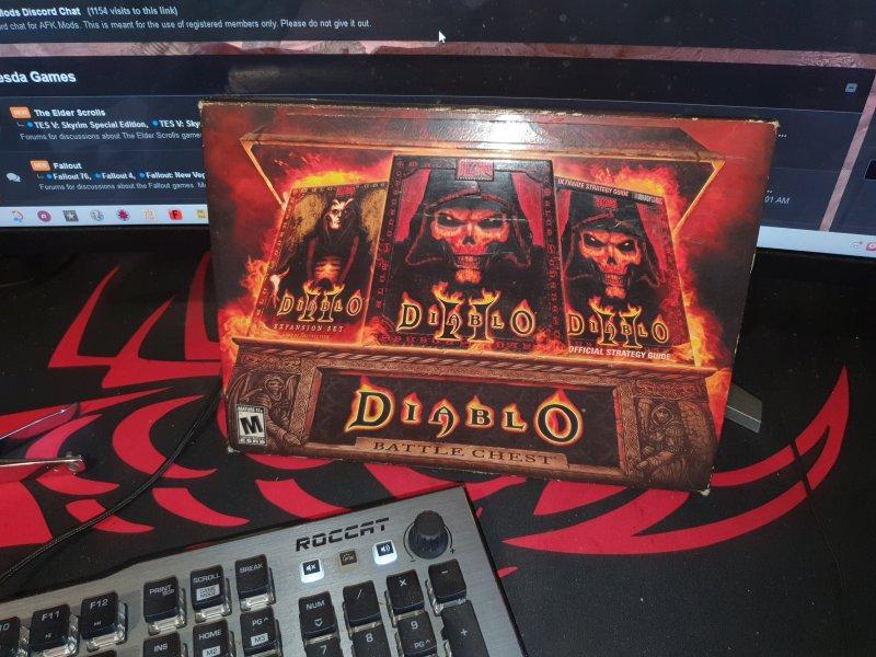 diablo II battle chest.jpg